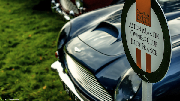 Chantilly Elegance Aston Martin